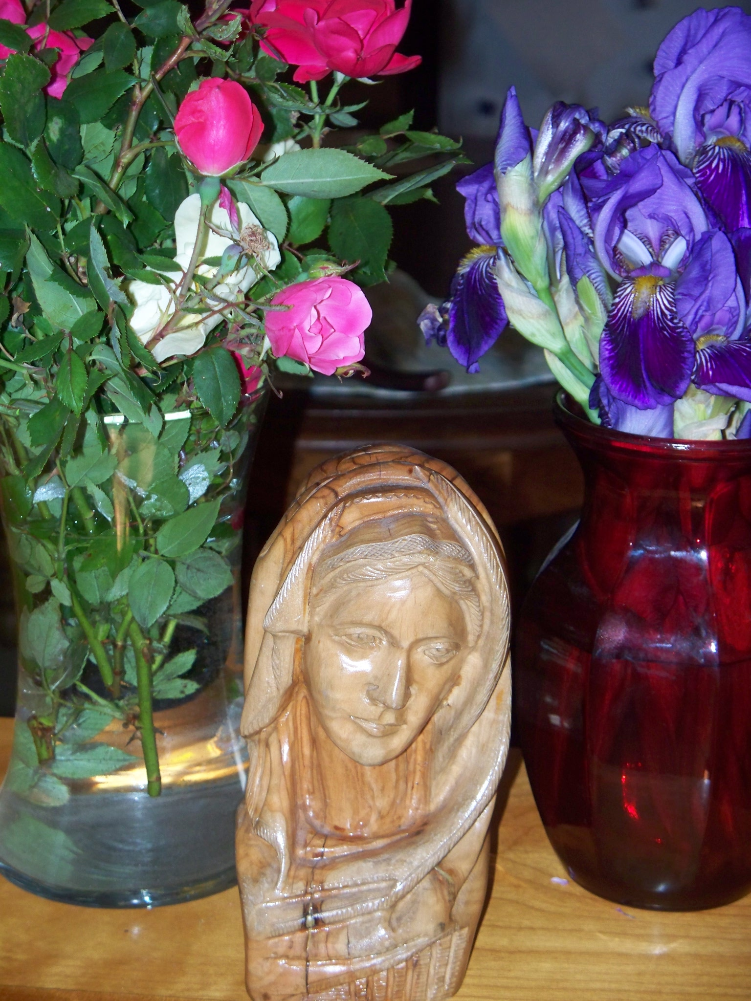 The Changing Flowers around Mary