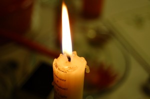 first week of advent hope candle